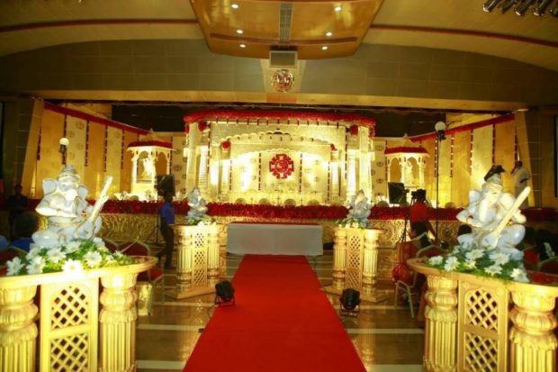 Hindu Wedding Stage Decorator Kochi
