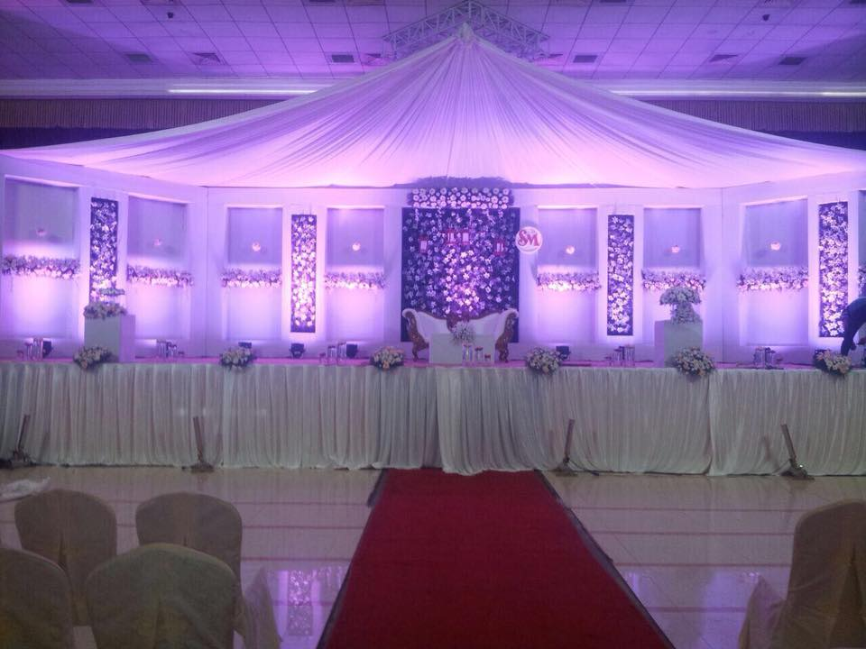 White and Blue Decoration for Christian Weddings